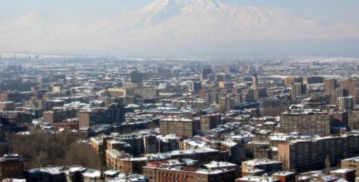 Армения за месяц до выборов: будет ли Саргсян переизбран?