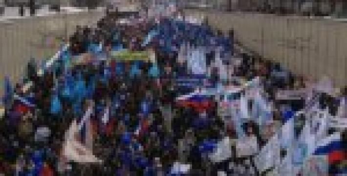 В двух московских маршах приняли участие 13 тысяч человек. ФОТОЛЕНТА