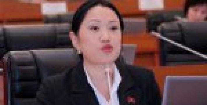Незамужним запретят выезд из Киргизии