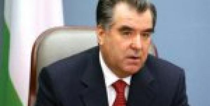 Президент Таджикистана поручил разработать проект новой концепции внешней политики государства