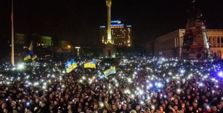 Сегодня ошибочно, если не сказать преступно, эмоционально реагировать на происходящие события на Украине