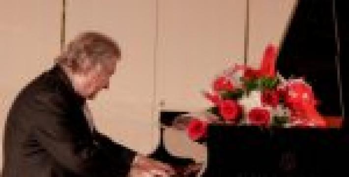 Шопеновская музыка в исполнении Михаила Воскресенского в Консерватории