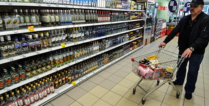 Депутаты предлагают убрать алкоголь с прилавков магазинов