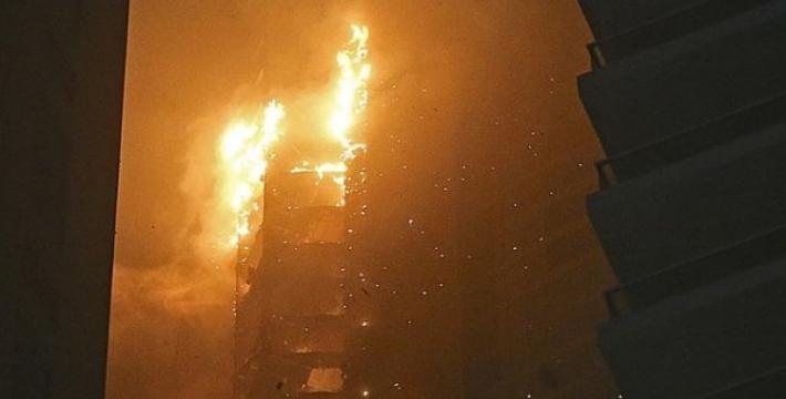 В Дубае загорелся небоскреб «Факел» (The Torch) — самое высокое жилое здание в мире