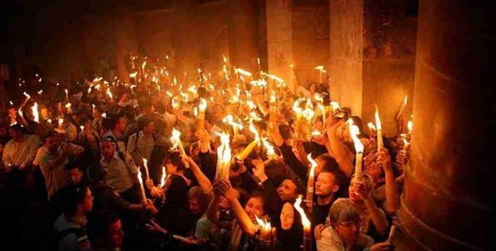 В Иерусалиме христиане дождались Благодатного огня