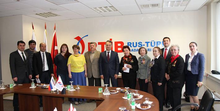 Подарок детям-сиротам и ветеранам от Некоммерческого партнерства российских и турецких предпринимателей