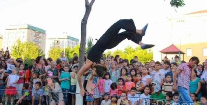 В Ташкенте состоялось невероятное цирковое шоу под открытым небом