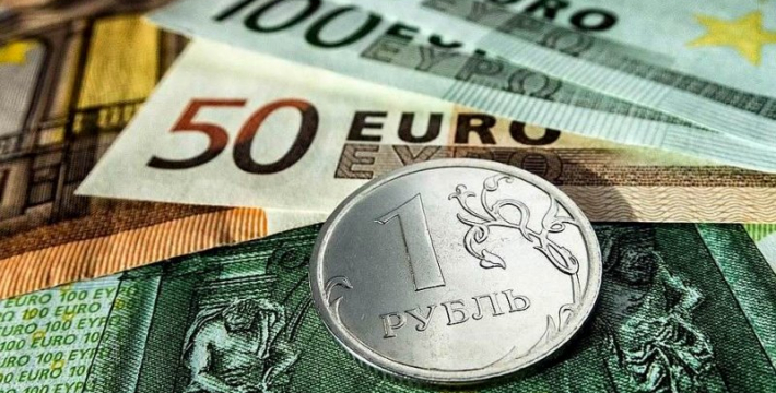 Президент одобряет меры правительства по укреплению курса рубля