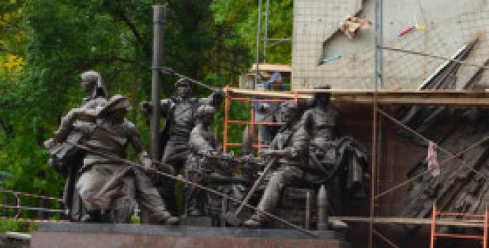 В Уфе завершается работа над созданием самого высокого памятника труженикам тыла