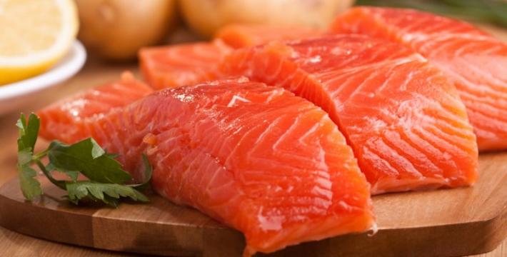 Почему жирные сорта морской рыбы необходимы при раке груди