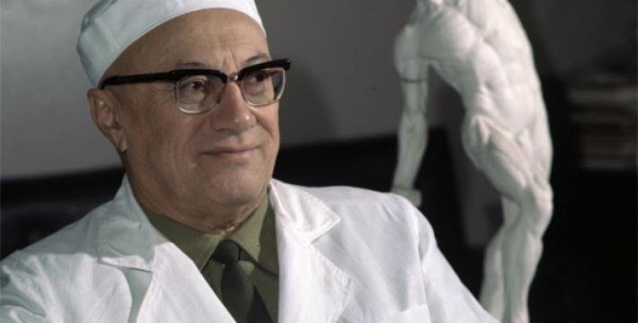 Юбилей А.А. Вишневского — 110 лет самому гуманному хирургу мира