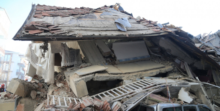 Землетрясение в Турции: погибло 31 человек