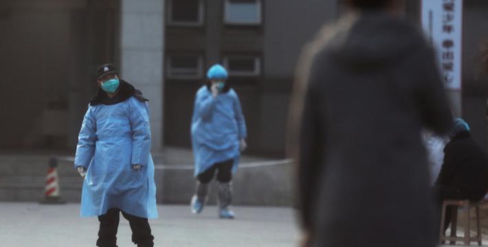 В Китае число заболевших новым коронавирусом растет