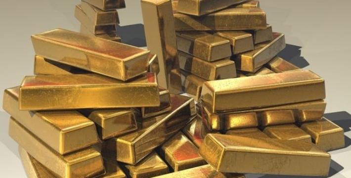 Стоимость золота обновила максимум за семь лет
