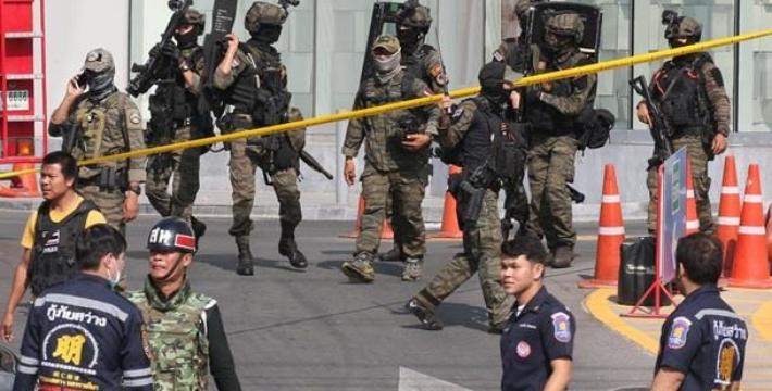 В Таиланде ликвидировали военного, устроившего стрельбу