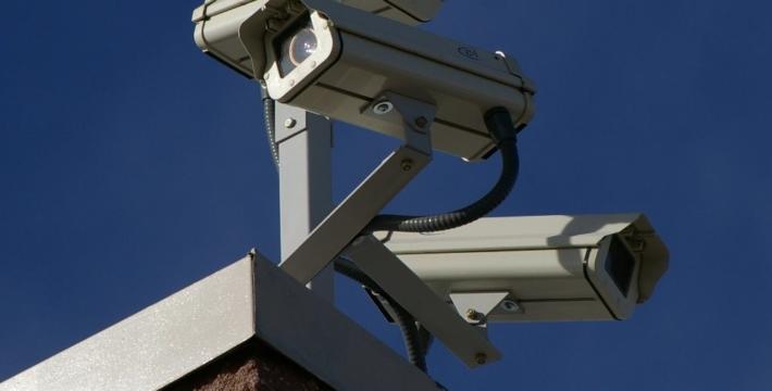 МВД при помощи камер начнет искать преступников по татуировкам и походке