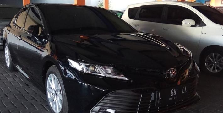 Власти Челябинской области объяснили стоянку новых Toyota Camry в лесу