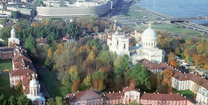 В РПЦ прокомментировали возвращение храмов Александро-Невской лавры