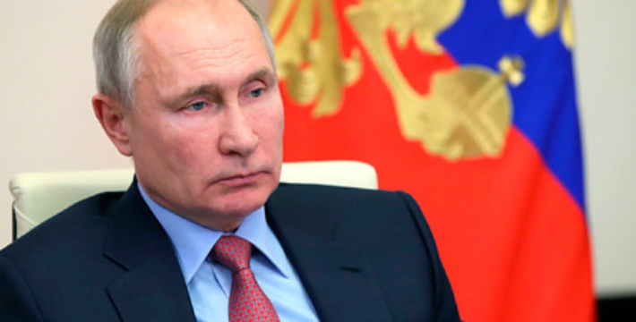 Владимир Путин поздравил россиян по случаю Дня защитника Отечества