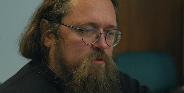 РПЦ пригрозила отлучить Кураева от церкви