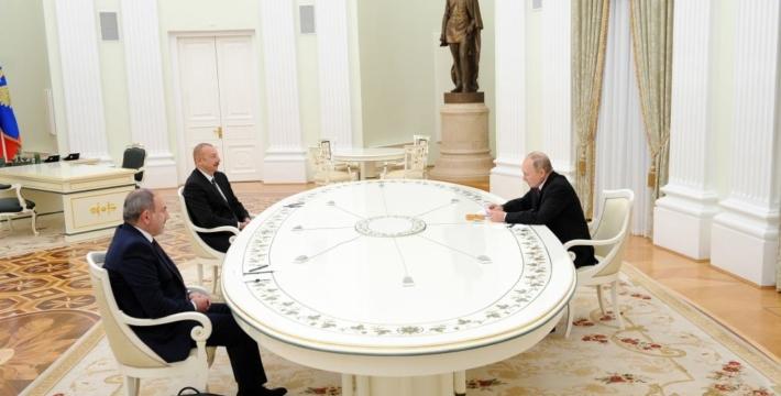 В Москве прошли трехсторонние переговоры президентов России и Азербайджана и премьер-министра Армении