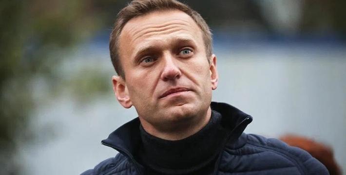 Судотправил Навального вколонию на3,5года