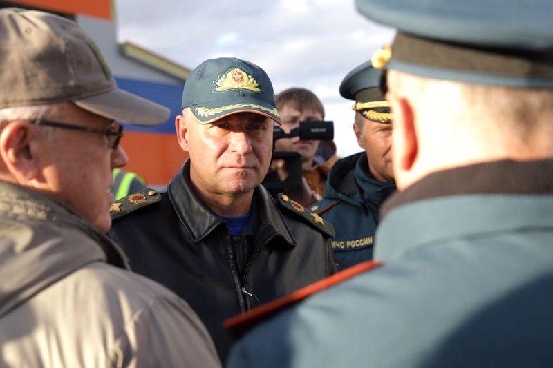 Глава МЧС Евгений Зиничев погиб героически, спасая жизнь человека